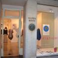 [ 16/06/2012; 20:00; ] U Galeriji Meduza u Kopru, u subotu 16. lipnja 2012. godine u 20 sati, otvorena je izložbastudenata magistarskog studija Oblikovanja tekstilij in oblačil, Odjela za tekstilstvo Naravoslovnotehniške fakultete u Ljubljani, pod nazivom 'Art&Fashion'. Studenti su povezali umjetnička djela poznatih slovenskih slikara Emerika Bernarda, Živka Marušića, Andraža Šalamuna i Dušana Kirbiša s modnim dizajnom i dizajnom općenito, [...]
