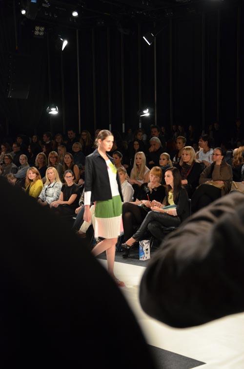Revije – Philips Fashion Week Oktober Ljubljana 2012. – Dan prvi (Revija) [Marita Narobe]
