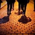 """Na noćnoj turističkoj šetnji Zagrebom, koju su za trinaestero najbržih posjetitelja na petak trinaesti organizirali Freaky Friday i Secret Zagreb Walks, tražile su se utvare, ali i ulaznica više. Vođeni obilazak Gornjega grada, njegovih malih ulica, veža i grobalja, nazvan """"Zagrobni Zagreb"""", privukao je izniman interes publike, kojoj je zbog samog koncepta događaja morao biti [...]"""