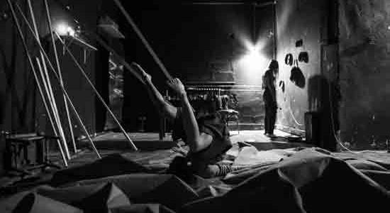 """[ 05/12/2016 to 21/12/2016. ] Nagrađene umjetnice u najnovijoj predstavi Teatra &TD """"Kuća na oštrici""""! Dobitnice raznih nagrada struke, redateljica Marina Petković Liker, glazbenica Kaja Farzskyi koreografkinja i plesačica Silvia Marchig udružile su snage u najnovijoj predstavi Teatra &TD """"Kuća na oštrici"""" čija će se premijera održati u ponedjeljak, 5. prosinca u Kinu SC ( Savska 25) u 20 sati. Reprizne izvedbe [...]"""