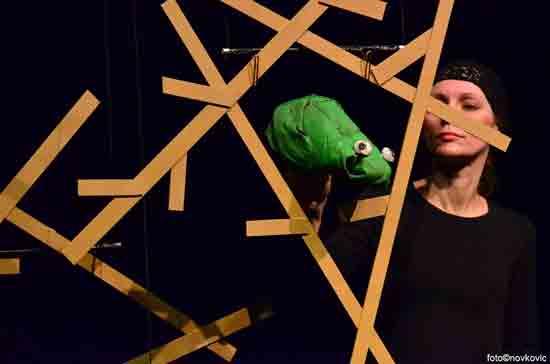 Premijera lutkarske predstave 'Žabica Kraljica' u ZKL-u